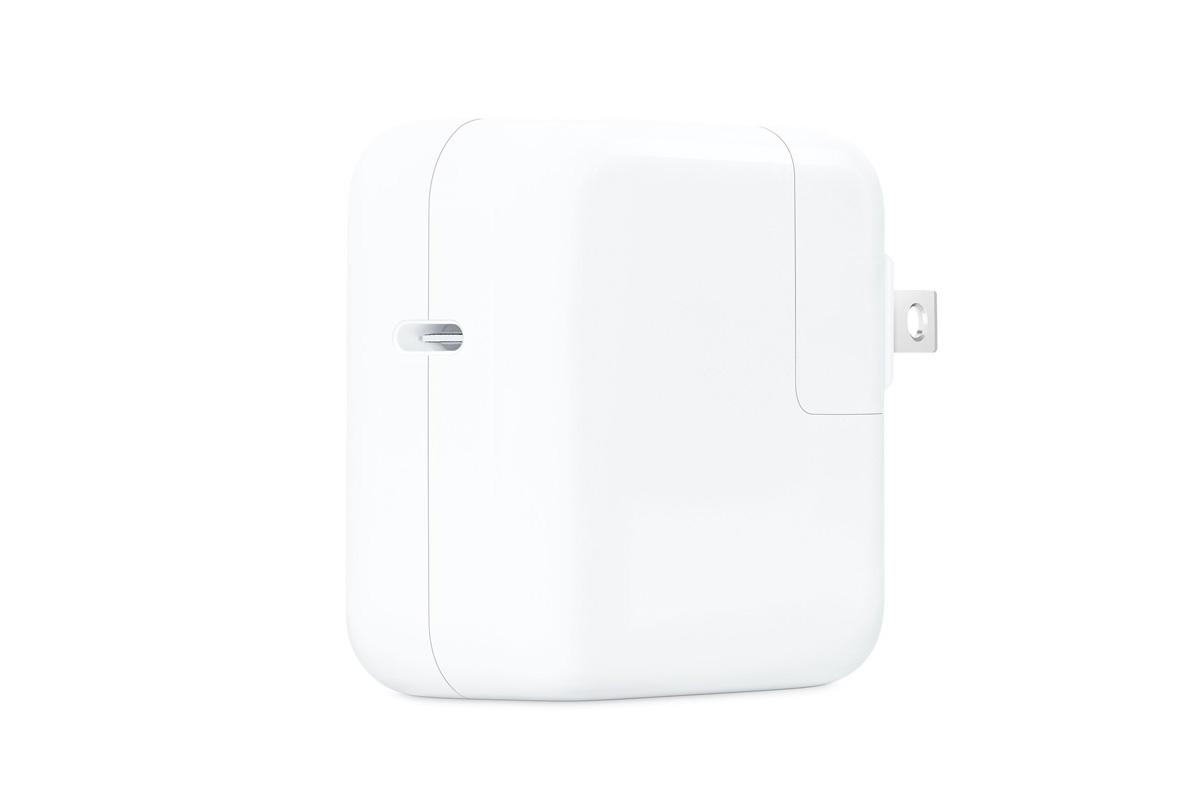 Apple、30WのUCB-Cをリリース「次期Mac、ARMベースのAppleシリコンに対応か 」
