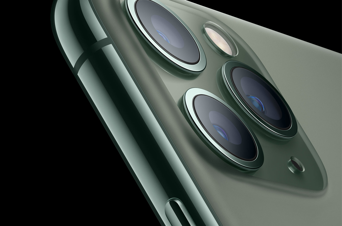 Apple、iPhone 12の付属品を減らす決定をした模様