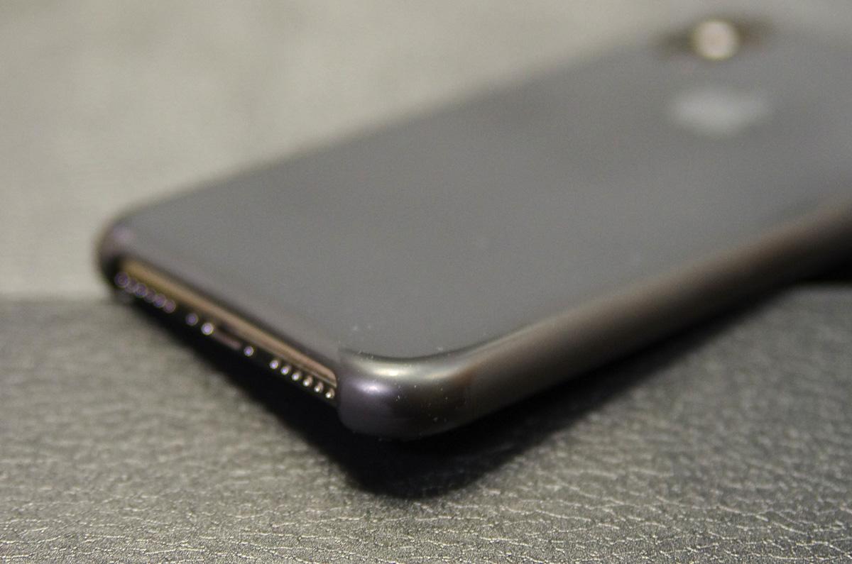 【レビュー】iPhoneの純正シリコンケース、長い目で見ると安いかも / 3年使って分かったこと