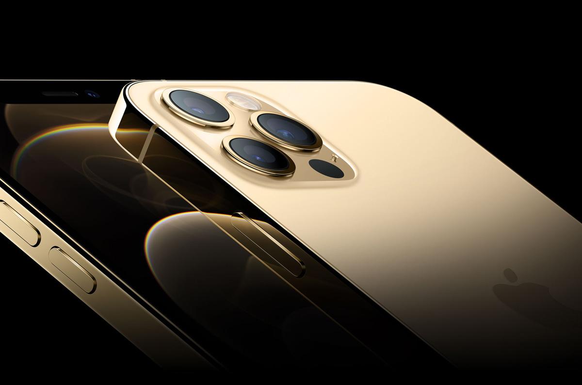 Apple、まったく新しい iPhone 12 Proに注文殺到 / 思わぬ需要でVCSEL増産の兆し
